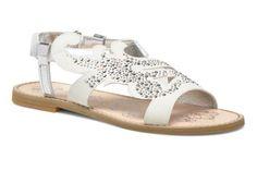 Primigi Seline Sandals 3/4 view