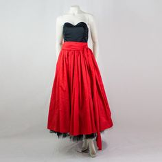 1980s Strapless Dress, 115€, now featured on Fab.