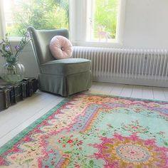 Replica vintage rug, 225cm x 155cm € 179,= free world wide shipping. #rozenkelim #pastel #interior4all #interior #interiordesign #livingroom #interieur #vintagestyle #interiør #home #casa