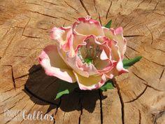 ProjectGallias:#projectgallias; wedding flower hairpin, hair clip, buttonhole; kwiatowa spinka do włosów, do butonierki, ślub, rękodzieło