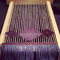 #ShareIG I got the #weaverfever, (literally) Lap Looms are awesome for crafting in bed!! #weaving #craft #wip #simplicitylooms #yarn