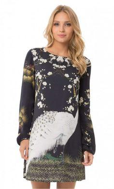 Precioso  vestido corto  estampado de  LezaLez‼ Disponible en la  talla ‼ d76f314f00b68