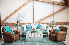 Romantic Teal Living Room - L' Essenziale