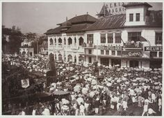 Indonesia in Old Time. Java, Bandung City, Dutch East Indies, Surabaya, Old Pictures, The Past, Mansions, History, Amazing
