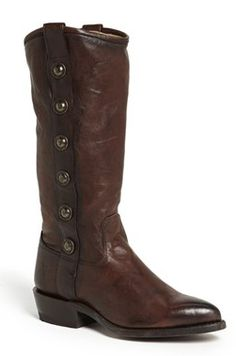 Beautiful boot with button detail http://rstyle.me/n/f3wgunyg6