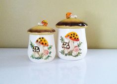 My mom had this pattern and the pots too!  Two Vintage Merry Mushroom Canisters by Sears, 1978
