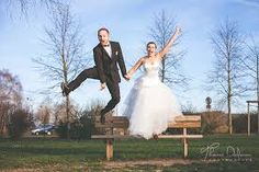 """Résultat de recherche d'images pour """"photo de couple mariage originale"""" Photo Couple, Prom Dresses, Formal Dresses, Images, Photos, Fashion, Quirky Wedding, Search, Dresses For Formal"""