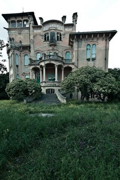 Fairy tale mansion