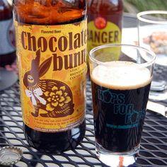 Cerveja Minhas Creek Chocolate Bunny, estilo American Stout, produzida por Minhas Craft Brewery, Estados Unidos. 5.5% ABV de álcool.