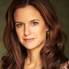 Kelly Preston as Carla May Wilks.