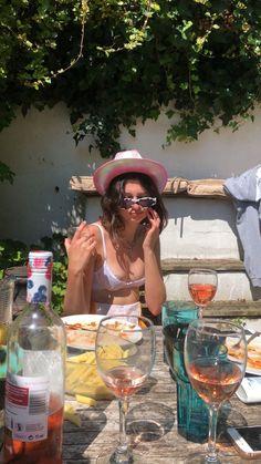 : honestly my mood all day everyday Summer Dream, Summer Baby, Summer Girls, Summer Time, Images Aléatoires, European Summer, French Summer, Italian Summer, Italian Girls