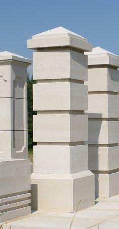Front Wall Design, House Fence Design, Duplex House Design, Dream House Exterior, Exterior House Colors, Interior Exterior, Exterior Design, Compound Wall Design, Pillar Design