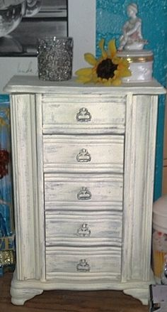 Daughters old jewerly box with a little apple barrel acrylic paint came out looking chabby chic! Very easy