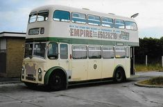 Blackpool England, Bus Coach, London Bus, Coaches, Buses, How To Plan, Modern, Trainers, Trendy Tree