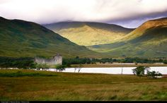 Scotland has amazingly beautiful scenery and mysterious landscapes which make you want to come back again and again.