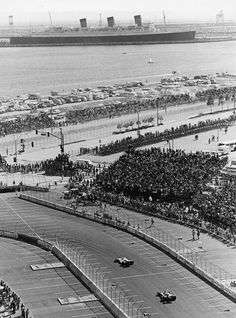 Long Beach, California Mary in the back! Long Beach Port, Long Beach California, California History, Southern California, San Luis Obispo County, Grand Prix, Paris Skyline, Beautiful Places, Ocean