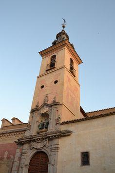 De Torre en Torre, de campanario en campanario, sonidos y músicas que otorgan a Toledo una melodía única.