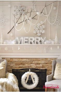 """""""I'm still starry eyed about this photo from Haneen Christmas home tour yesterday for If you haven't had a chance to…"""" Shabby Chic Christmas, Pink Christmas, Christmas 2017, All Things Christmas, Christmas Thoughts, French Christmas, Christmas Wrapping, Christmas Photos, Vintage Christmas"""