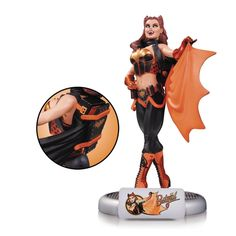 Amazon.com: DC Comics Bombshells Halloween Batgirl Statue Limited Edition of 5,200: Toys & Games