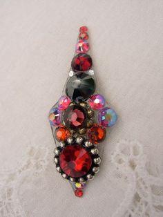Gothic Night Bindi  swarovski belly dance crystal by KuhlJewels, $18.00