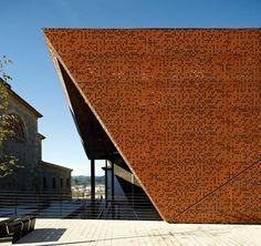Frontão Coberto em Ajangiz / Blur Arquitectura