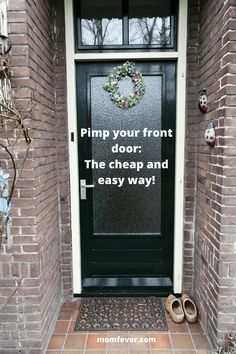 Front door wreath for Spring: cheap and easy way to pimp your front door!