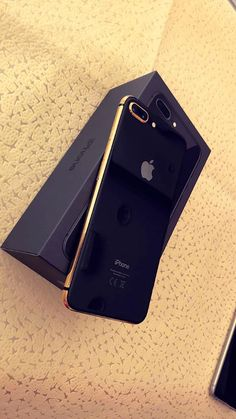Your Old Phone Still A Worth.Compare the prices and sell for best cash. Your Old Phone Still A Worth.Compare the prices and sell for best cash. Telephone Smartphone, Telephone Iphone, Iphone Phone, New Iphone, Iphone 7 Plus, Apple Iphone, Iphone Cases, Top Mobile Phones, Leica
