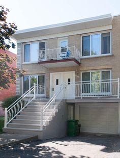 Démolition et reconstruction de balcon en béton Construction, Stairs, House Styles, Home Decor, Homes, Building, Stairway, Decoration Home, Staircases