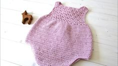 How to crochet a pretty shell stitch baby romper - the Millie romper. This tutorial will show you how to crochet a pretty baby romper onesie. This tutorial is suitable for beginners. For size 0 - 3 months use a . crochet hook For size 3 - 6 months use a Crochet Romper, Crochet Baby Sandals, Crochet Baby Clothes, Baby Girl Crochet, Crochet For Kids, Baby Knitting Patterns, Baby Patterns, Crochet Patterns, Baby Romper Pattern