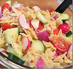 Zesty Italian Pasta Salad / 10 Easy Barbeque Recipes