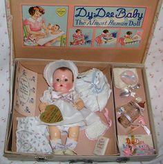 Effanbee Dy-Dee Ellen Baby Doll w/ Original Layette - Mold 3 Issue Old Dolls, Antique Dolls, Vintage Dolls, Doll Toys, Baby Dolls, Tiny Tears Doll, Victorian Toys, Human Doll, Effanbee Dolls