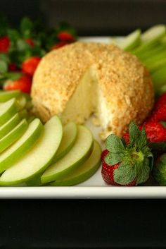 lemon cheesecake cheese ball...Served with green apples, strawberries, nilla wafers, and graham crackers.