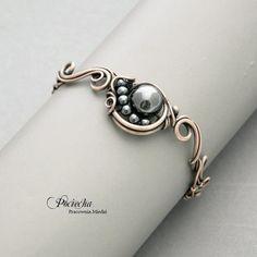 Jewelry Making Bracelets Comet - with hematite bracelet - Jewelry - DecoBazaar Jewelry Crafts, Jewelry Art, Jewelry Bracelets, Jewelry Design, Jewlery, Hematite Bracelet, Bracelet Cuir, Metal Jewelry, Beaded Jewelry