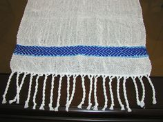 Woven table runner. by AmanoHandcraft on Etsy