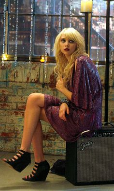 Taylor Momsen As Jenny Humphrey Wearing An Elie Saab Dress And Elizabeth And James Shoes, 2009