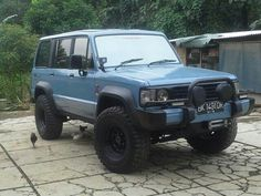 Isuzu trooper for sale 0818841171 wa, line Super Troopers, The Trooper, Toyota Trucks, Expedition Vehicle, Car Crash, Police Cars, Retro, Offroad, Dream Cars