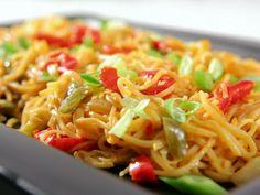 Vegetable Lo Mein Recipe : Sandra Lee : Recipes : Food Network