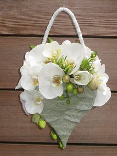 Fast Flowers, Bunch Of Flowers, Simple Flowers, Floral Bouquets, Wedding Bouquets, Floral Wreath, Ikebana, Modern Flower Arrangements, Flower Bag