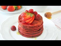 RED VELVET PANCAKES SALUDABLES llenas de AMOR | sin colorantes | VEGANA - YouTube