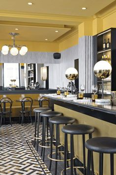 New restaurants are popping up all over the City of Lights; take a look at the lastest must-try Parisian eateries.
