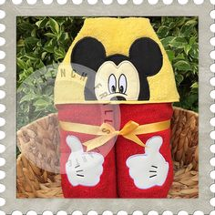 Boy Mouse Applique Peeker hooded towel design. #Embroidery #Applique