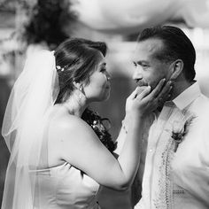 Family Photography, Wedding Photography, Wedding Venues, Wedding Day, Digital Marketing Services, Wedding Pictures, Getting Married, Engagement Session, That Look