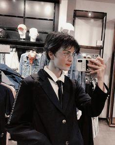 Harry James Potter, Young Harry Potter, Estilo Harry Potter, Daniel Radcliffe Harry Potter, Mundo Harry Potter, Harry Potter Icons, Harry Potter Feels, Harry Potter Tumblr, Harry Potter Anime