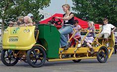 Crianças holandesas trocam a condução tradicional por um ônibus-bicicleta