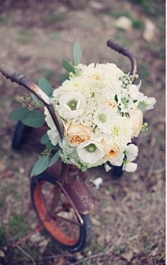 http://greenweddingshoes.com/category/real-weddings/rustic-wedding/