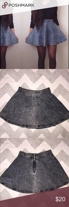 Jean Stone Wash Skater Skirt Very cute Skater Style Skirt. Black stone wash Jean Skirts Circle & Skater