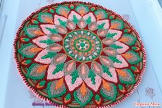 Здравствуйте любительницы вязания. Представляю вам новый коврик. Связан в технике Overlay Crochet, из карачаевского акрила, размер 72 см, мастер класс тут http://www.liveinternet.ru/