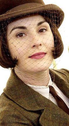 Downton Abbey hat/costume - season 5   ..rh