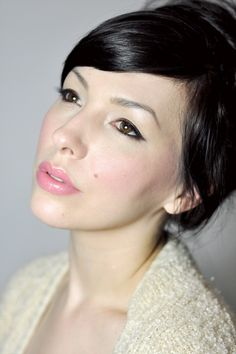 Keiko Lynn in Pink! Super simple makeup. The eyeliner looks amazing (Urban Decay in Bourbon)
