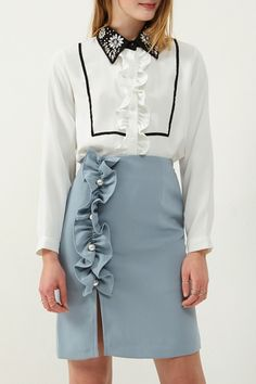 Ellen Pearl Ruffle Skirt Discover the latest fashion trends online at storets.com